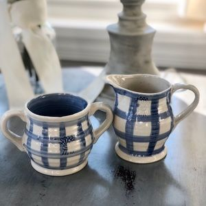 Other - Adorable Country Stoneware Sugar and Creamer Set